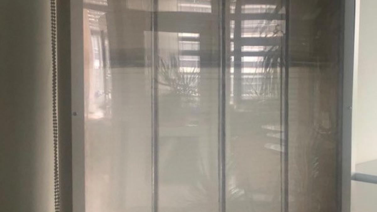 Transparente Konstruktion – Innenseite.  Mit Wasser befüll-/ durchströmbare Schicht.
