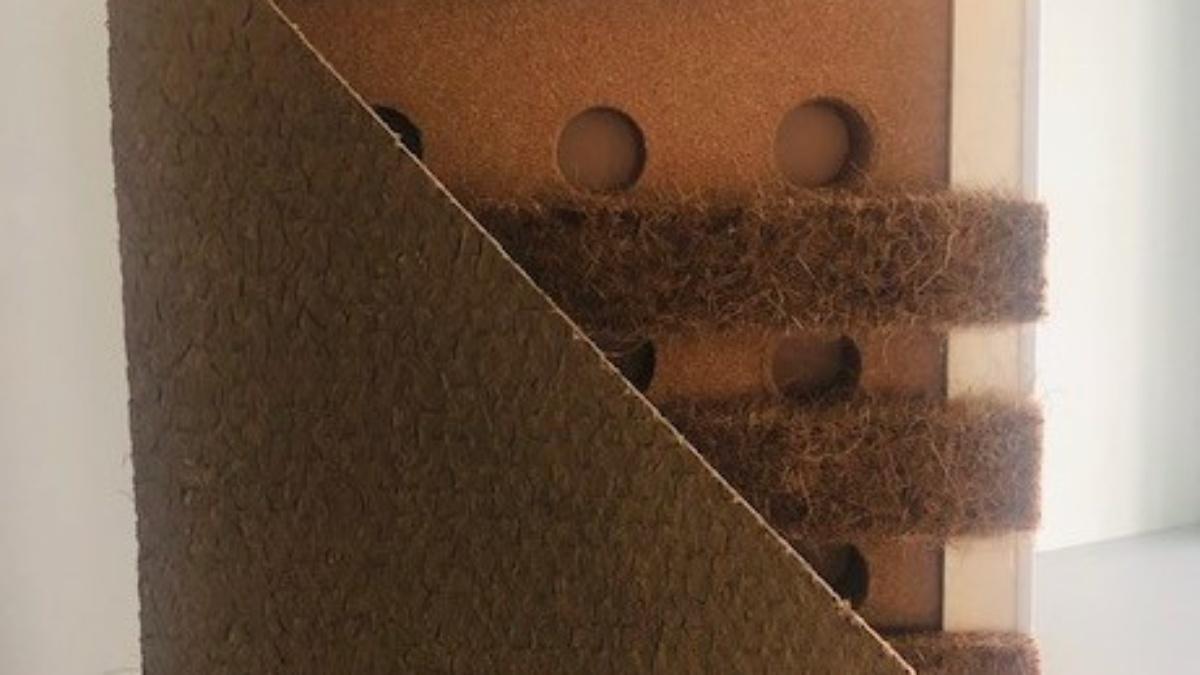 Nachhaltige Konstruktion.  Mit Lehmbauplatte, Kokos, Kork und Aerogelgranulat.